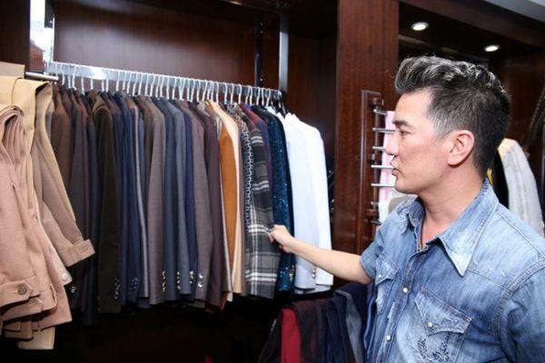Tủ quần áo hàng hiệu của Đàm Vĩnh Hưng
